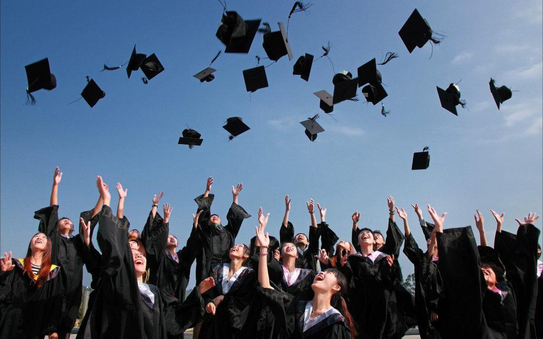 8 Advanced Degrees That Are Preferable To an MBA Today